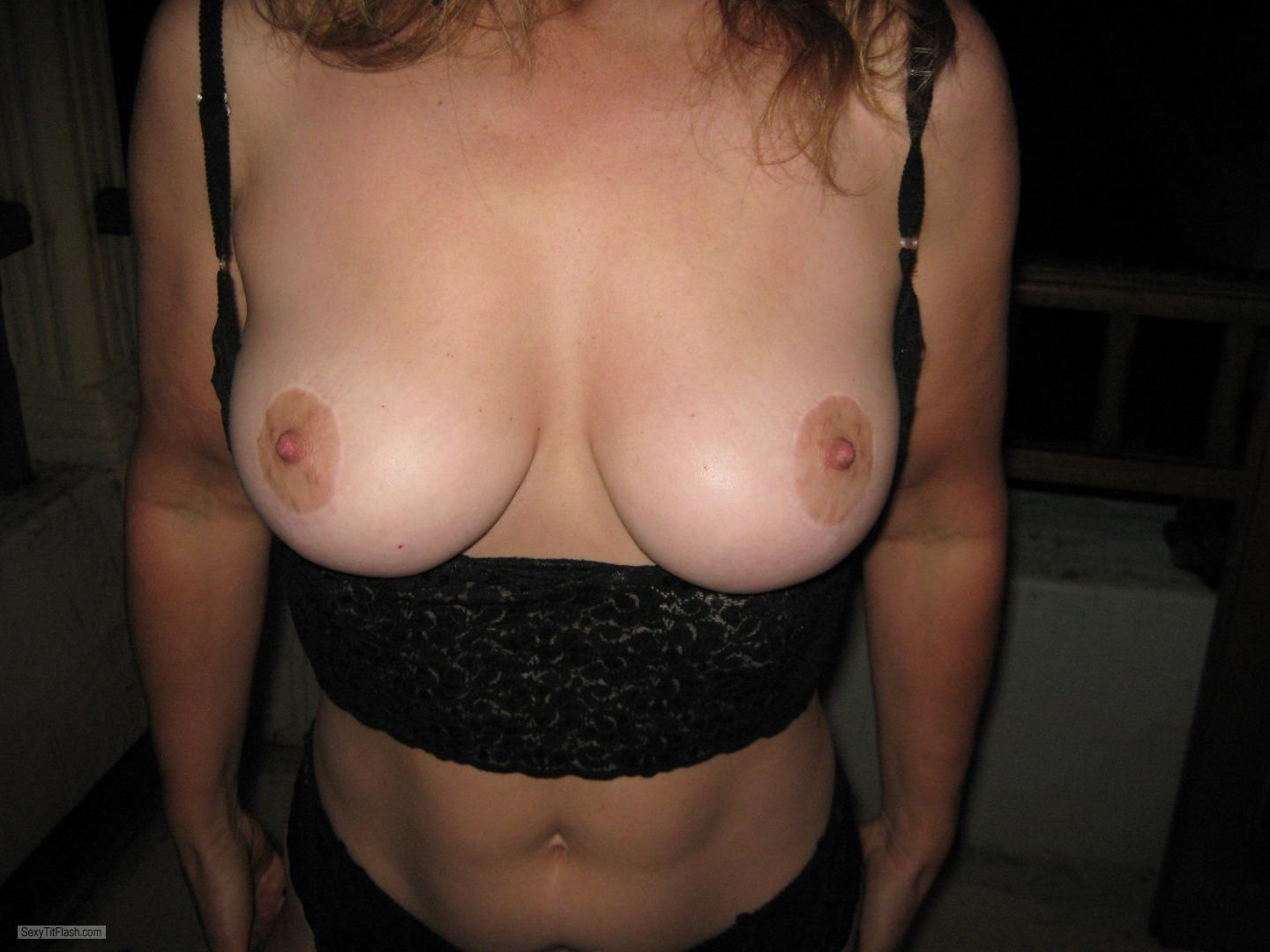 Tit Flash: Ex-Girlfriend's Big Tits - Topless Hothothot44 from United Kingdom