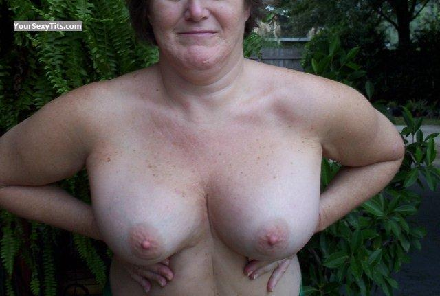Tit Flash: Big Tits - Buttercup from United States
