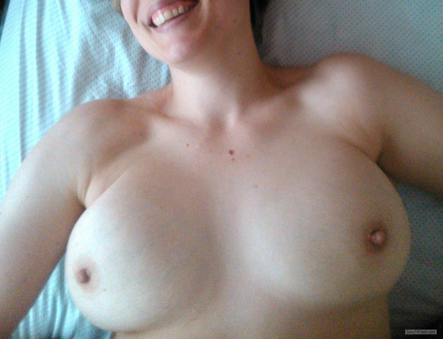 Tit Flash: Wife's Big Tits - Lonwife from United Kingdom