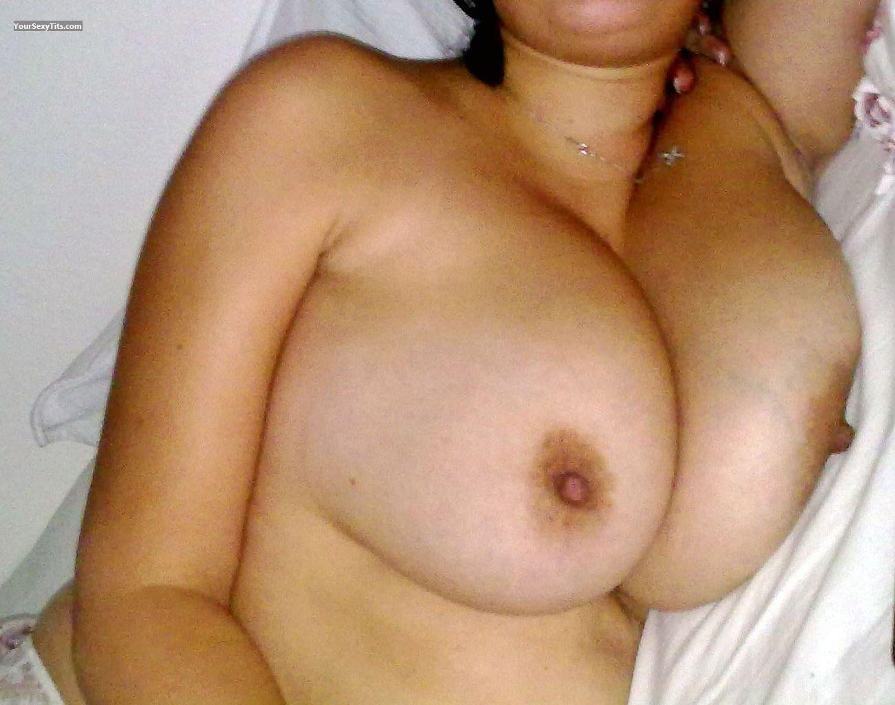 Tit Flash: Big Tits - Ella from Germany