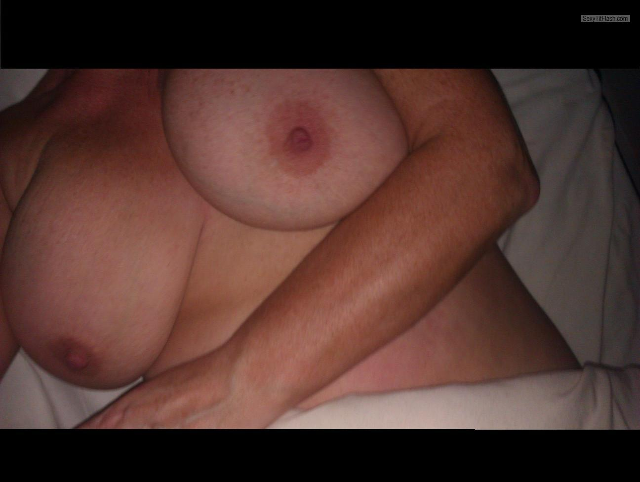 Tit Flash: Wife's Big Tits - Carol from United Kingdom