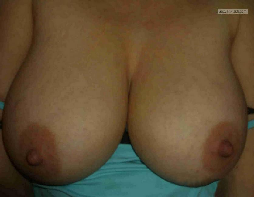 Tit Flash: Wife's Big Tits With Strong Tanlines - Linda from France