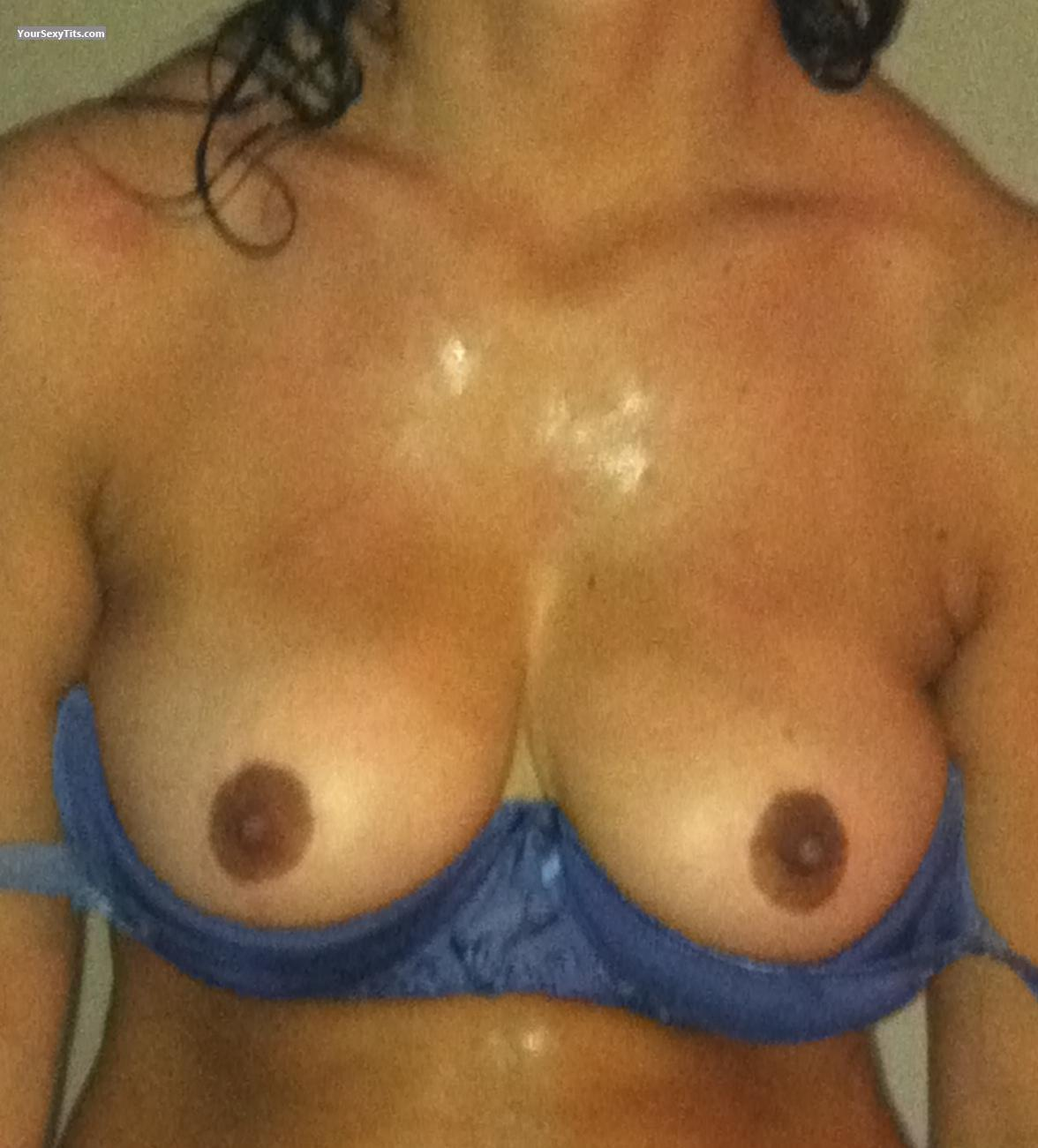 Big Tits Holly4