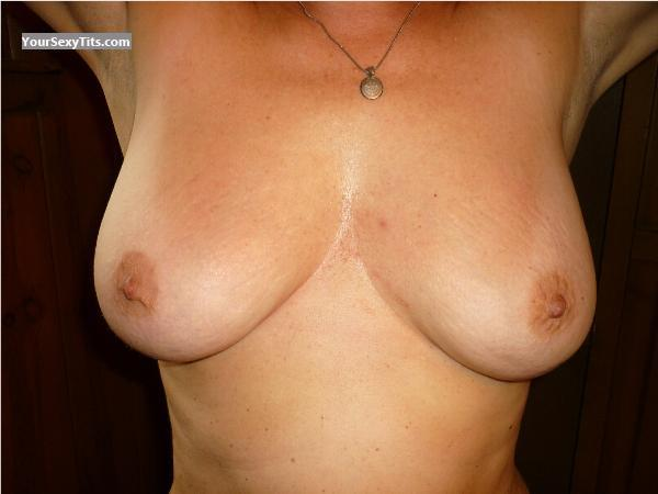 Tit Flash: Big Tits - MILF From Michigan from United States