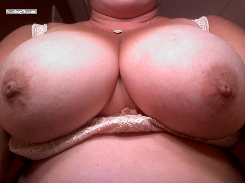 Tit Flash: Big Tits - J from United States