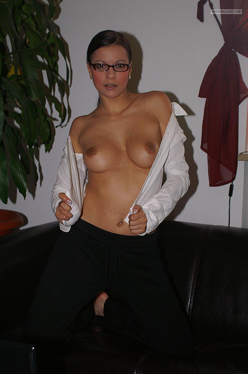 Small Tits Of My Room Mate Topless Susanne