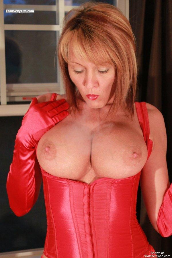 Tit Flash: Big Tits - Topless BiG Red from United States