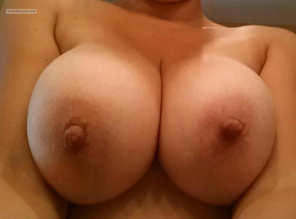 Tit Flash: My Big Tits (Selfie) - Chicago Heather from United States