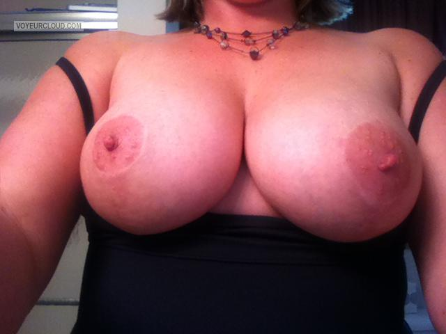 Tit Flash: Wife's Big Tits (Selfie) - Wifey from United States
