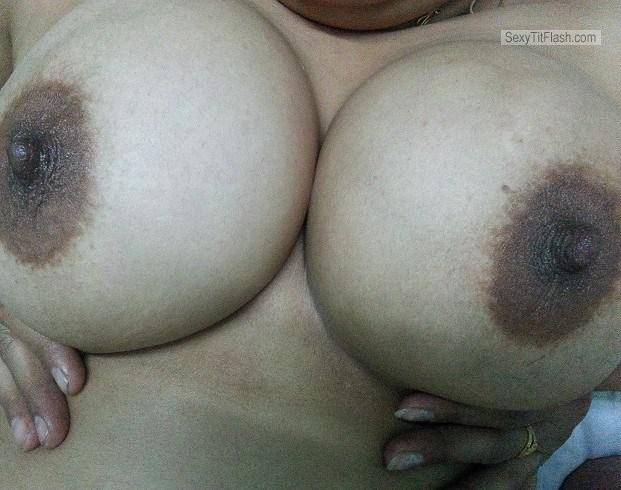 Big Tits Of My Girlfriend Hot Sohini