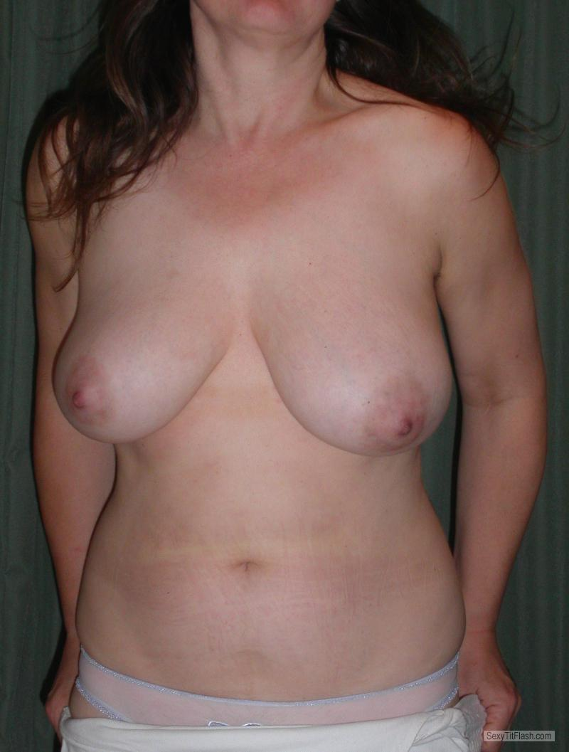 Tit Flash: Wife's Big Tits - My Lady - Later That Evening from United Kingdom