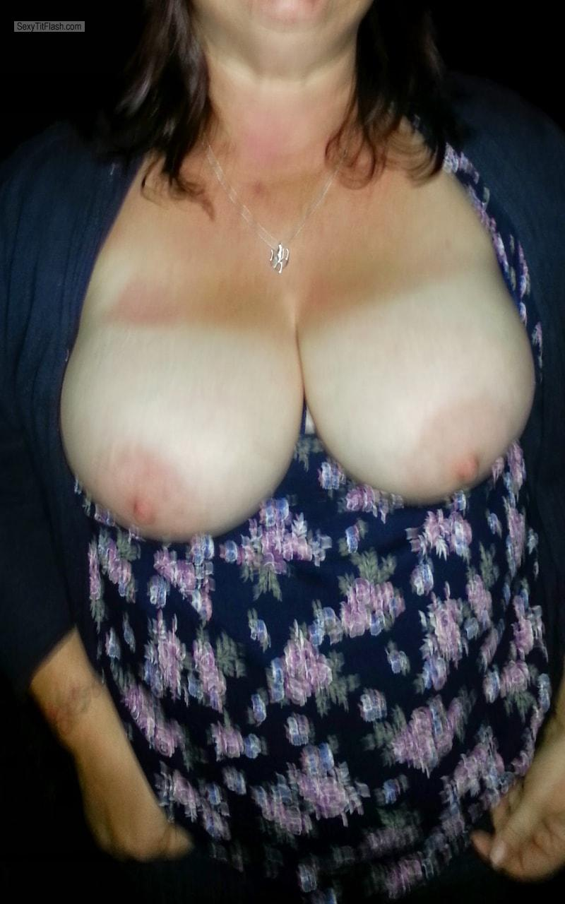 Big Tits Of My Wife My Curvy Wife Lynn