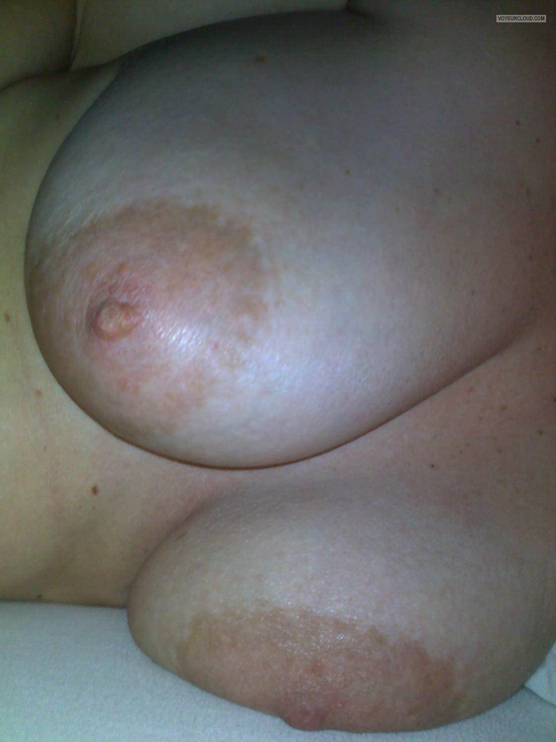 Tit Flash: My Big Tits - Scarlet from United States