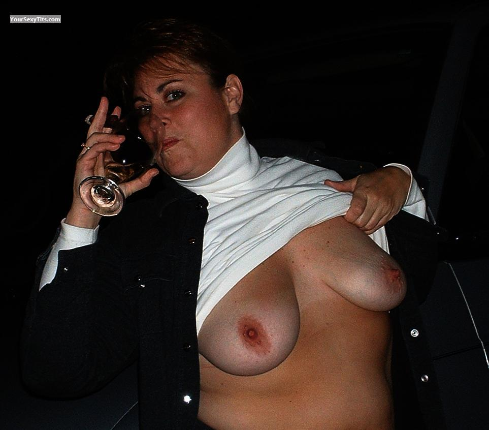 Tit Flash: Big Tits - Ellen from United States
