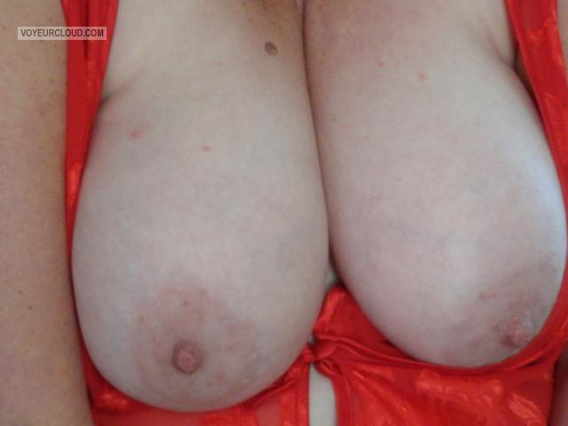 Tit Flash: Wife's Big Tits - Naddy from United States