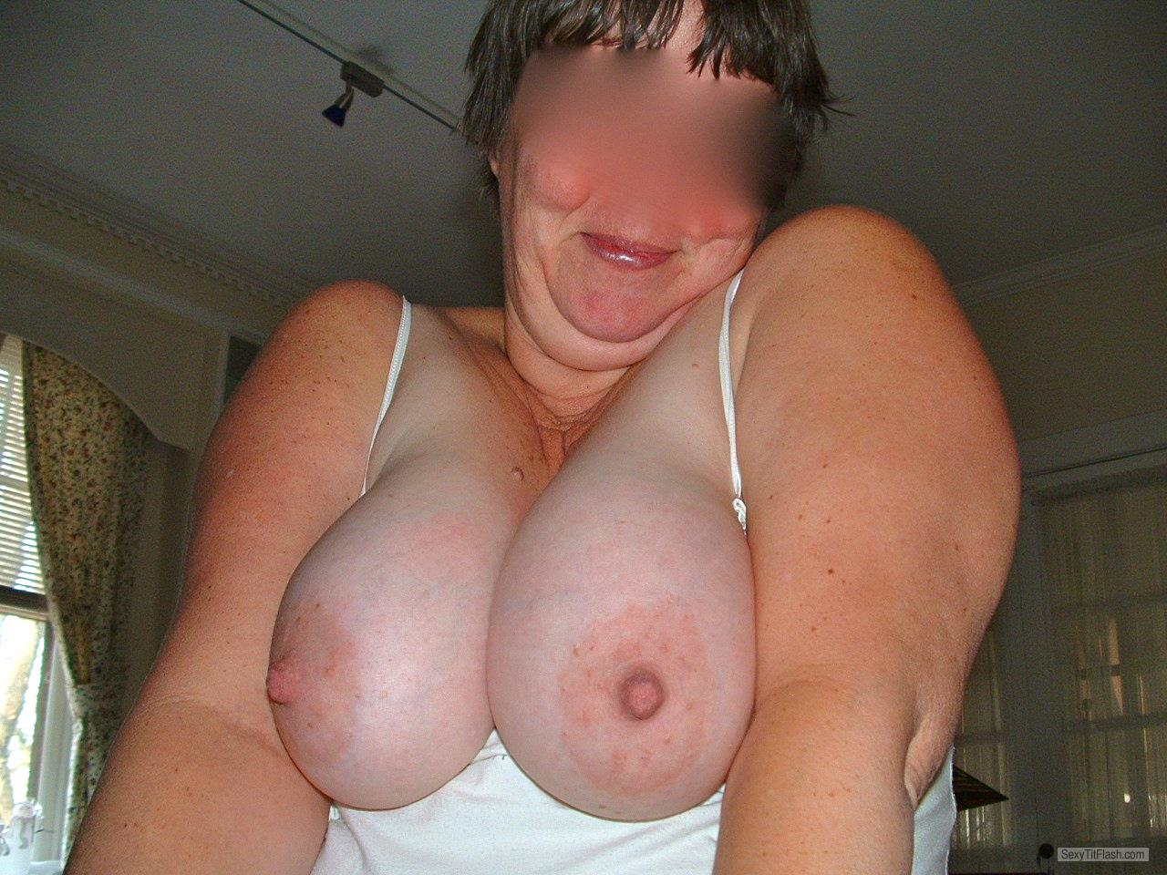 Very big Tits Of My Room Mate Naddy