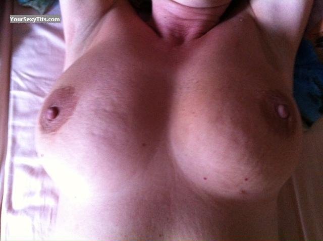 Tit Flash: Girlfriend's Big Tits - Irina from Germany