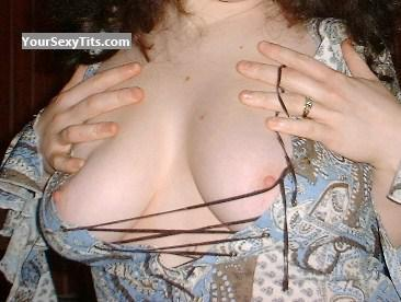 Tit Flash: Big Tits - KurvyKelly from United Kingdom