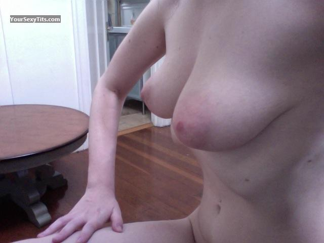 Tit Flash: Big Tits - Ella Dos from United States