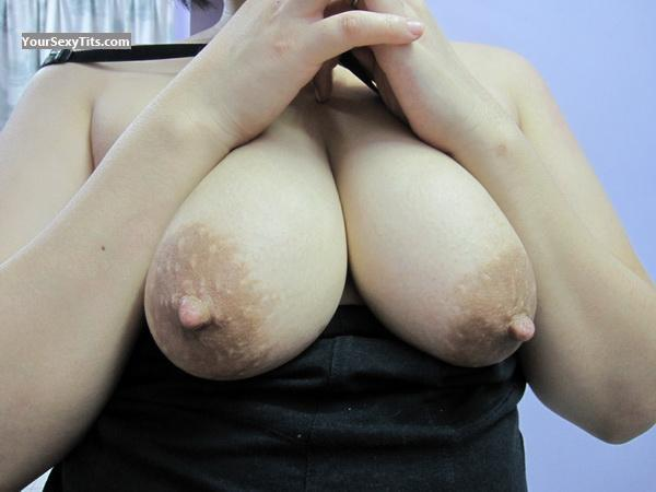 Tit Flash: Big Tits - Lady_D from Thailand
