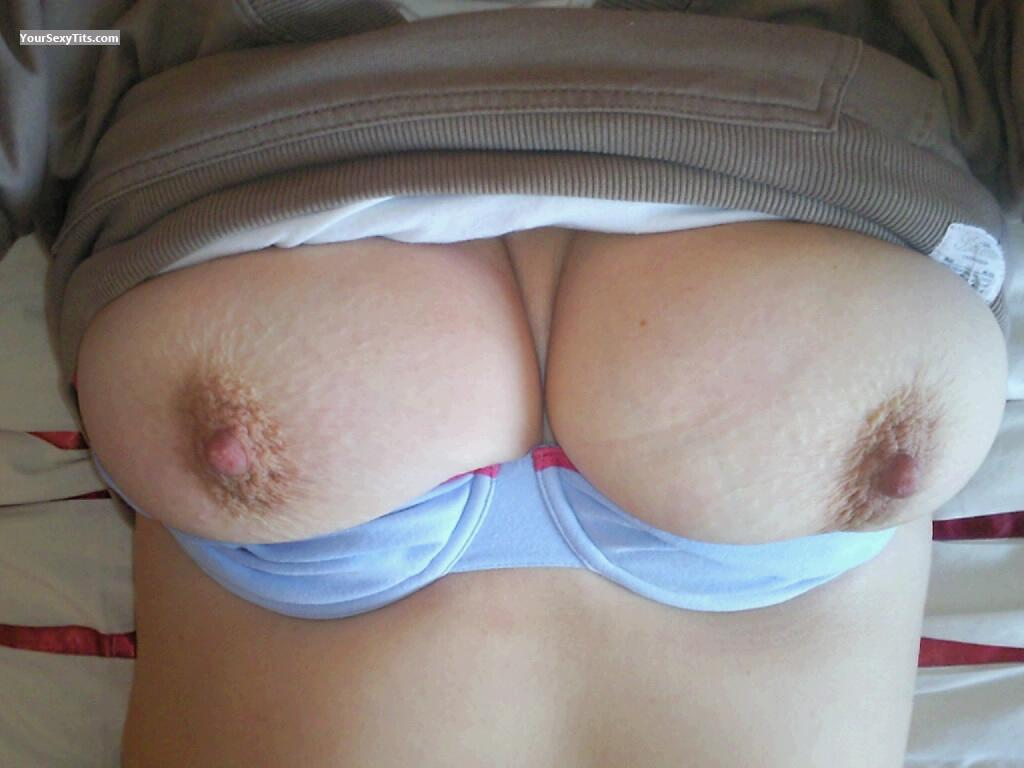 Tit Flash: Big Tits - Lizzienotts from United Kingdom