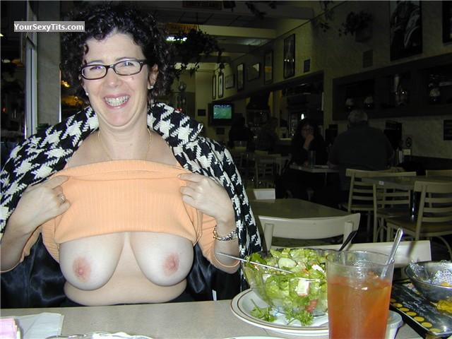 Tit Flash: Big Tits - Topless Hey Now from United States