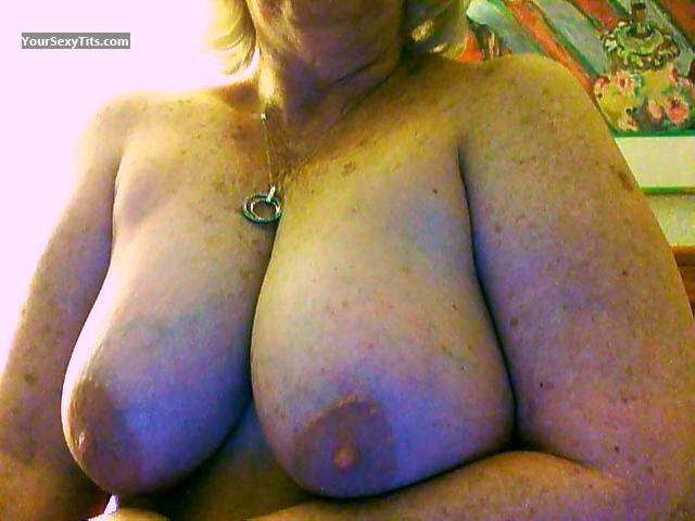Tit Flash: Big Tits - Nursie from United States