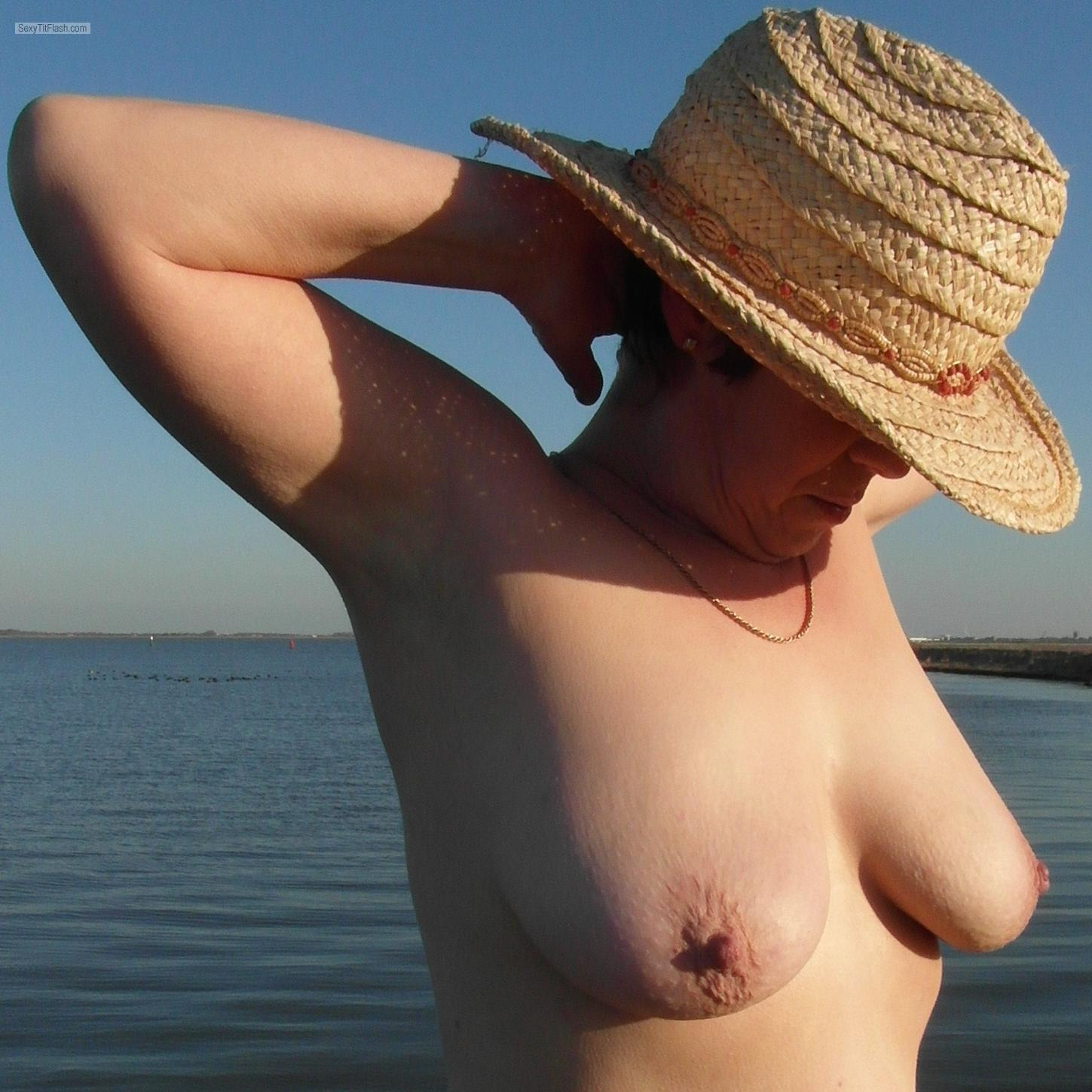Tit Flash: My Medium Tits - Sexy Sue from United Kingdom