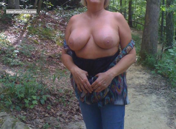 Tit Flash: Big Tits - LaNiesa from United States