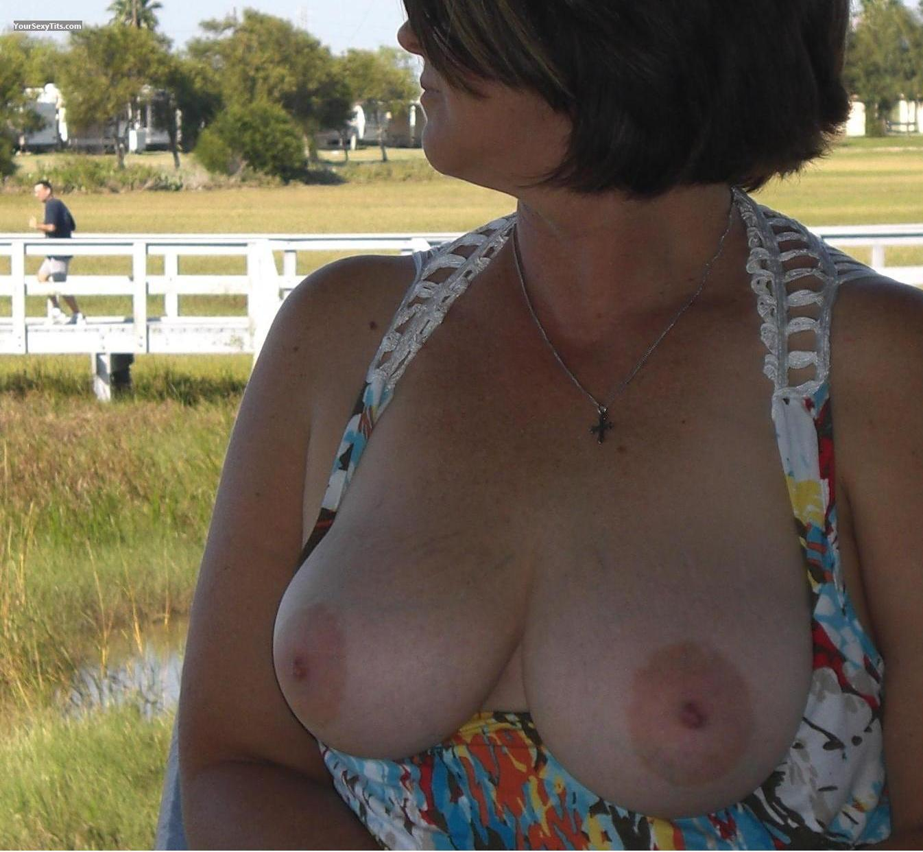 Tit Flash: Big Tits - Tx Sally from United States