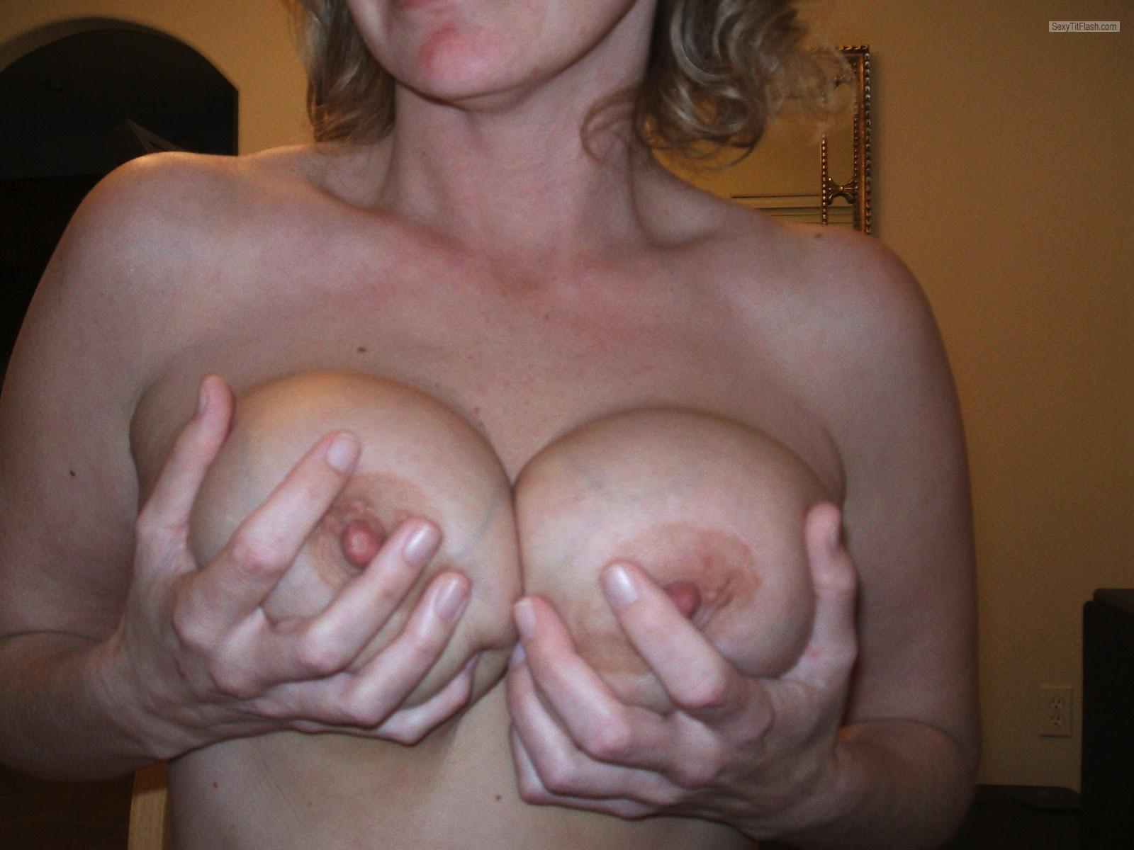 Tit Flash: Ex-Wife's Big Tits - Mona from United States