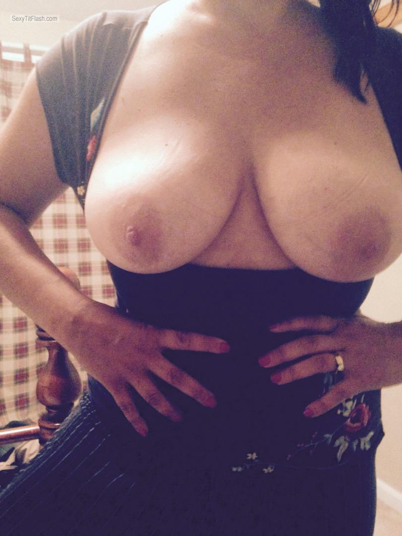 Tit Flash: Wife's Big Tits - Slut from United States