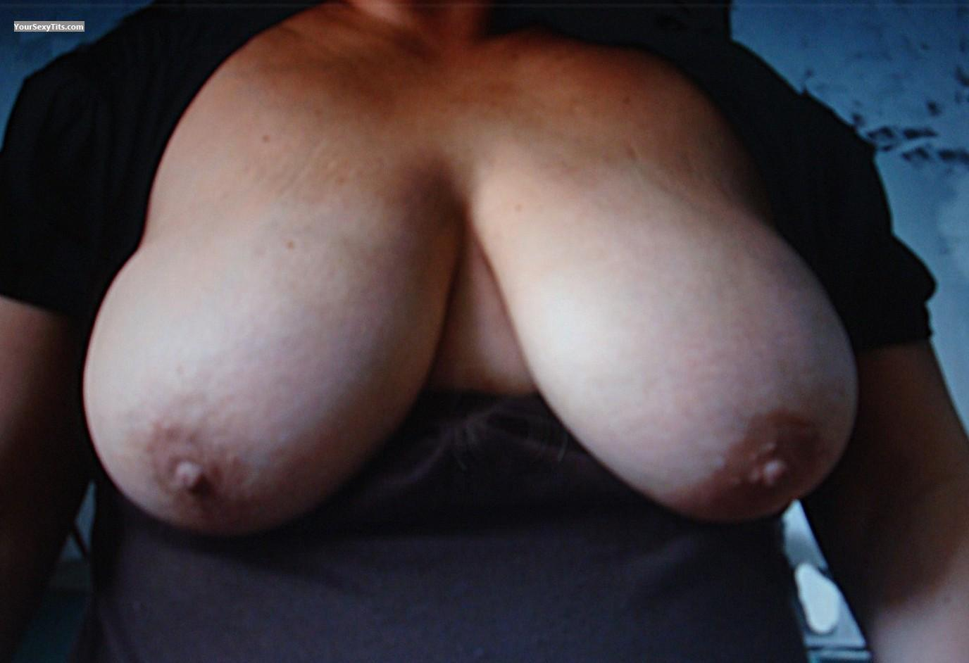 Tit Flash: Big Tits - Toni from United States