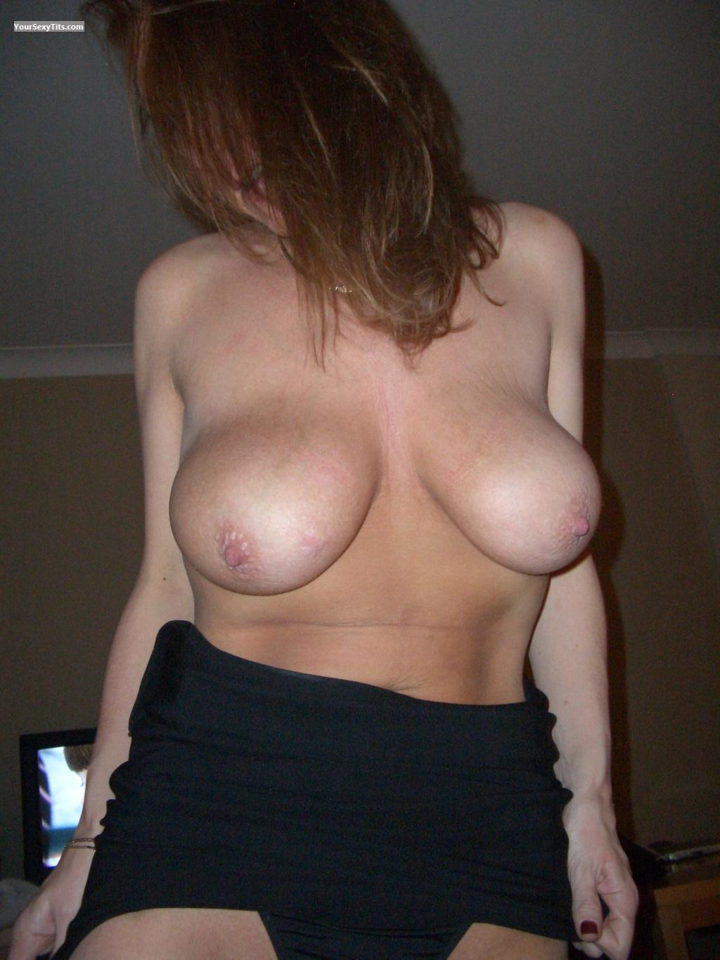 Tit Flash: Big Tits - Miss R from United Kingdom
