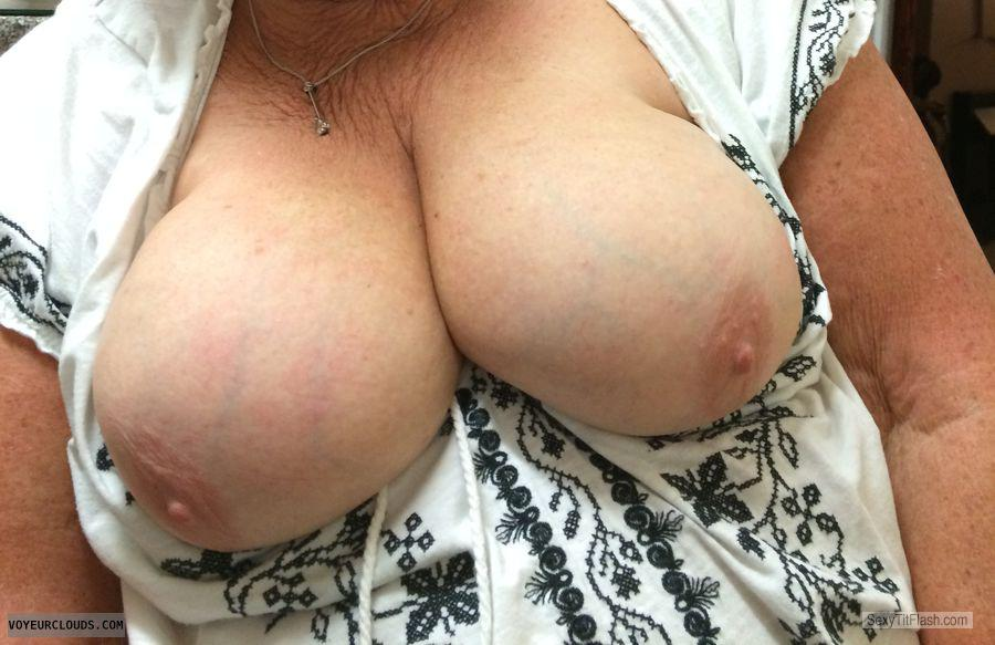 Tit Flash: Room Mate's Big Tits - Sexy M from United Kingdom