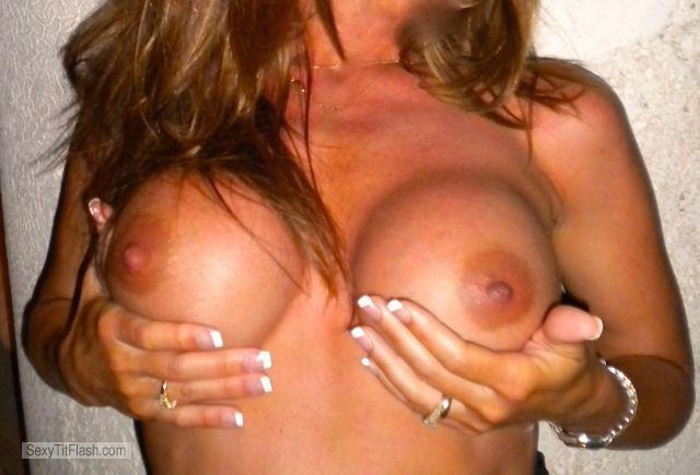 Big Tits Of My Wife Luvdabeach