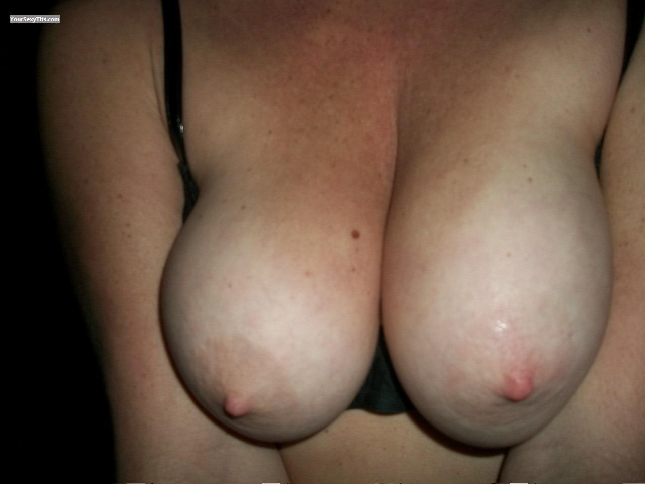Tit Flash: Big Tits - T from United States