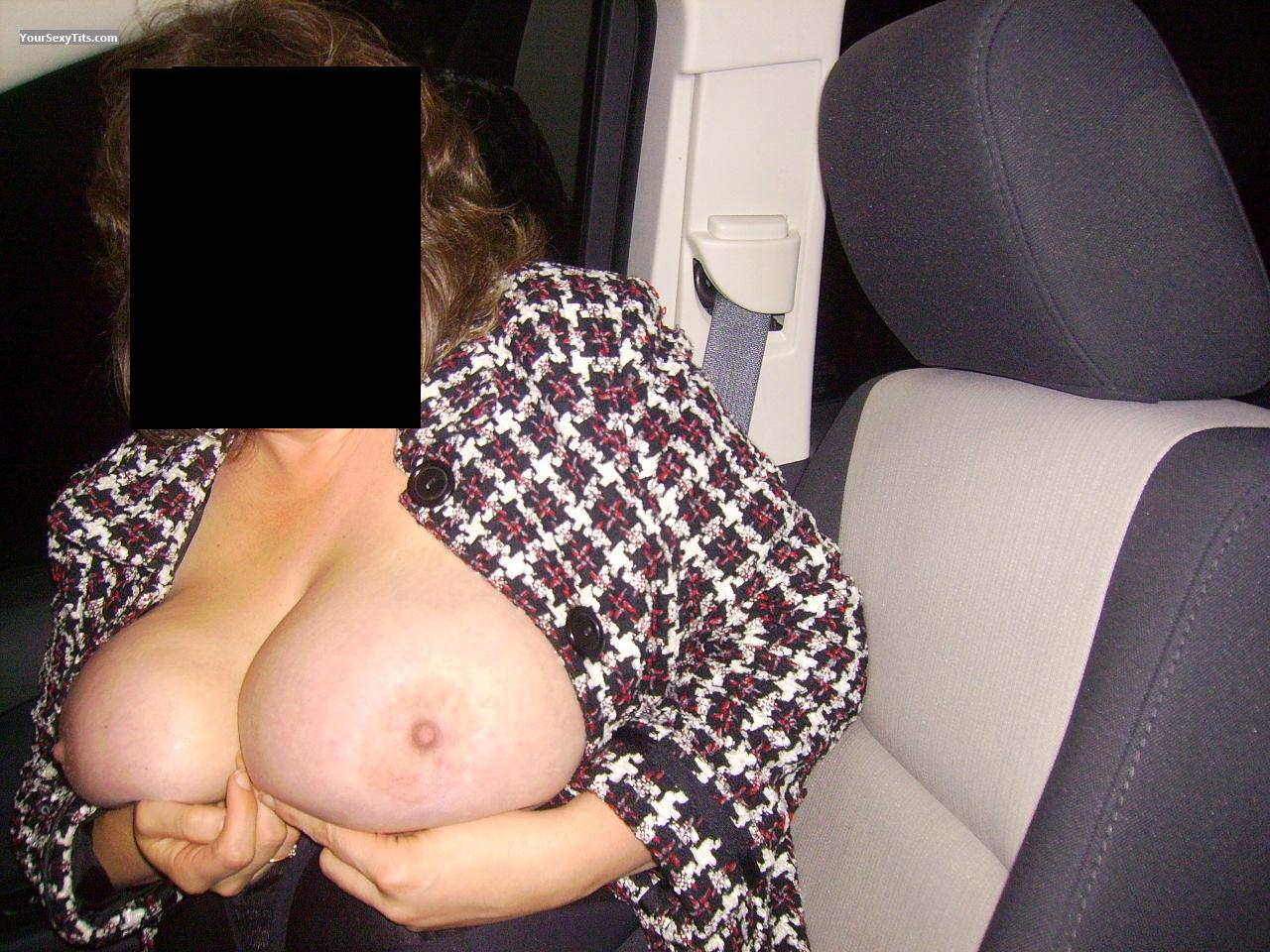 Tit Flash: Big Tits - Wifey from United States