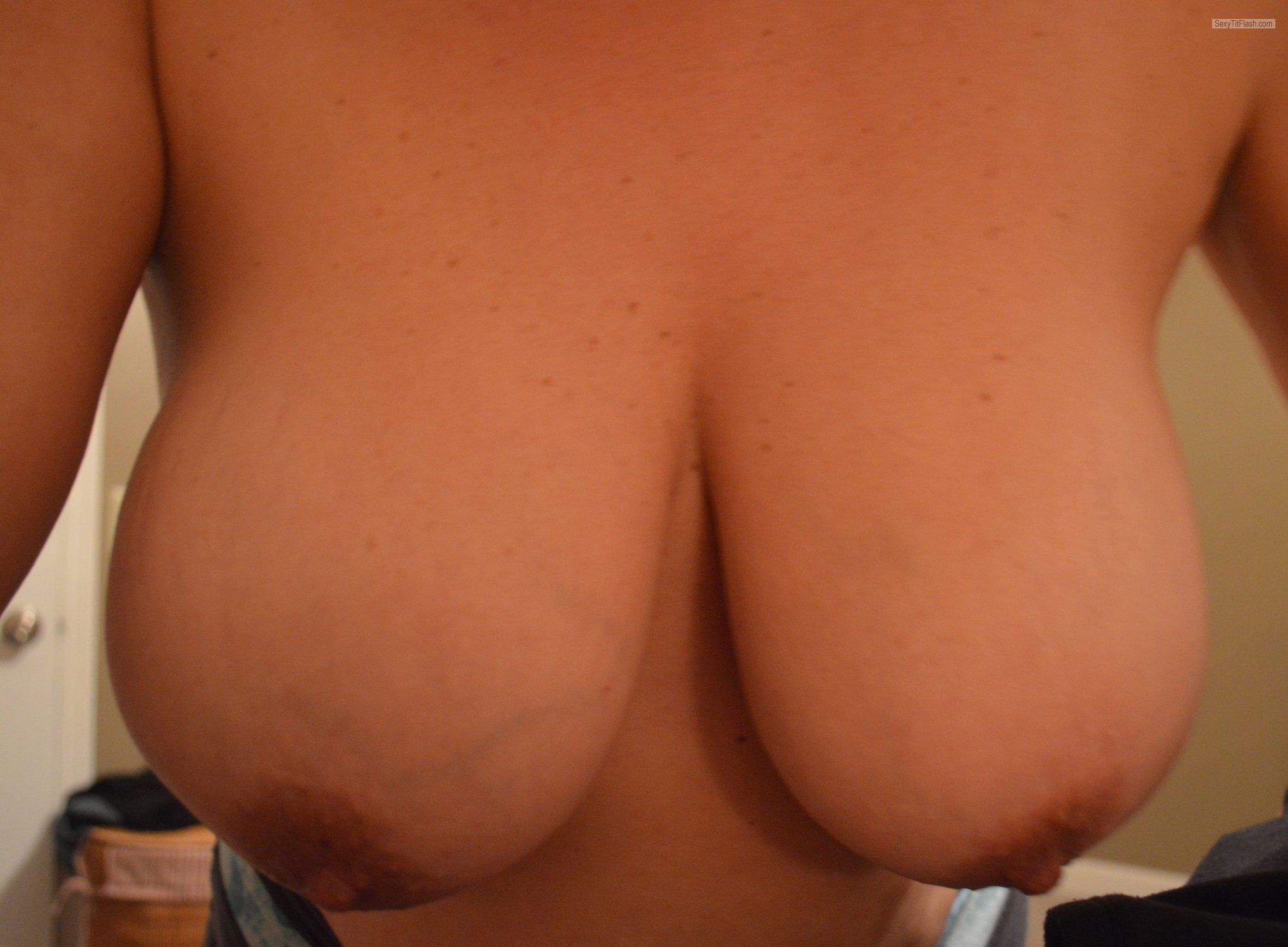Tit Flash: Wife's Big Tits - Molly from United States