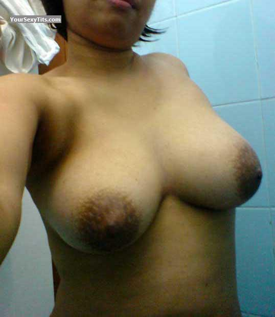 Tit Flash: Big Tits - Dini from Malaysia