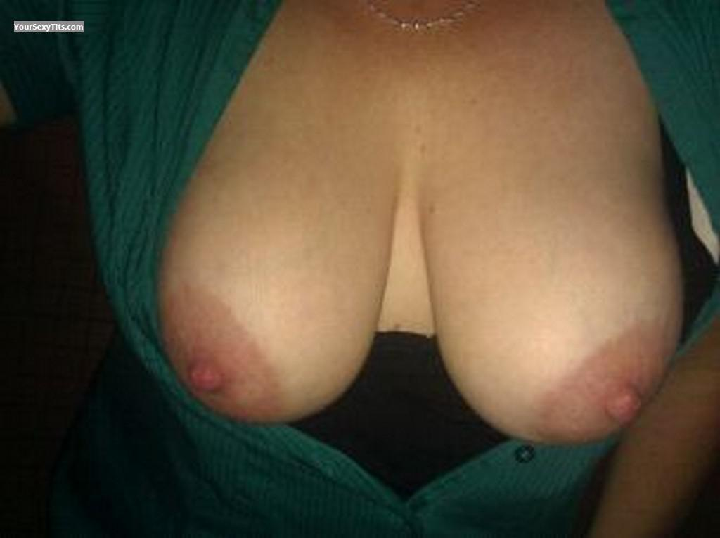Tit Flash: My Big Tits (Selfie) - BusomBuddy from United States