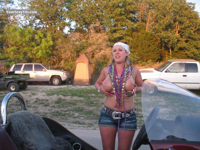 Images Of Big Tits Topless Biker Chick From United States Tit Flash