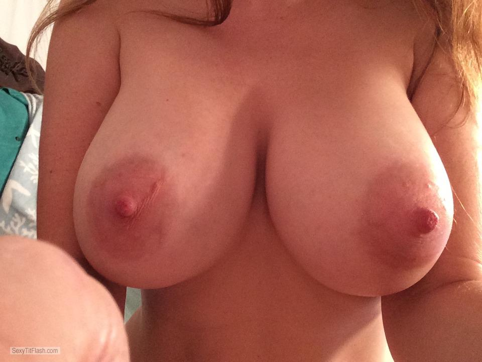 Tit Flash: Girlfriend's Big Tits (Selfie) - Amber from United States