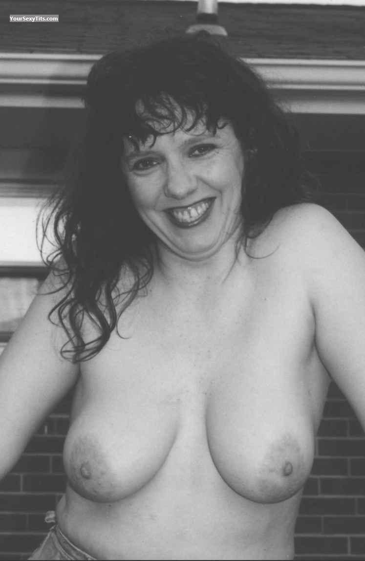 Big Tits Topless Autumn