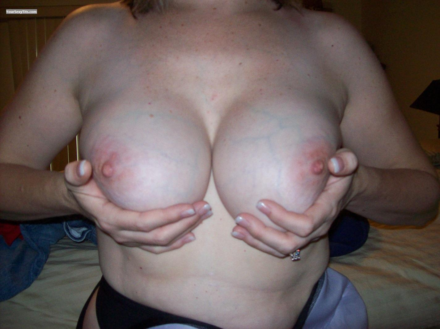 Tit Flash: Big Tits - BB75 from United States