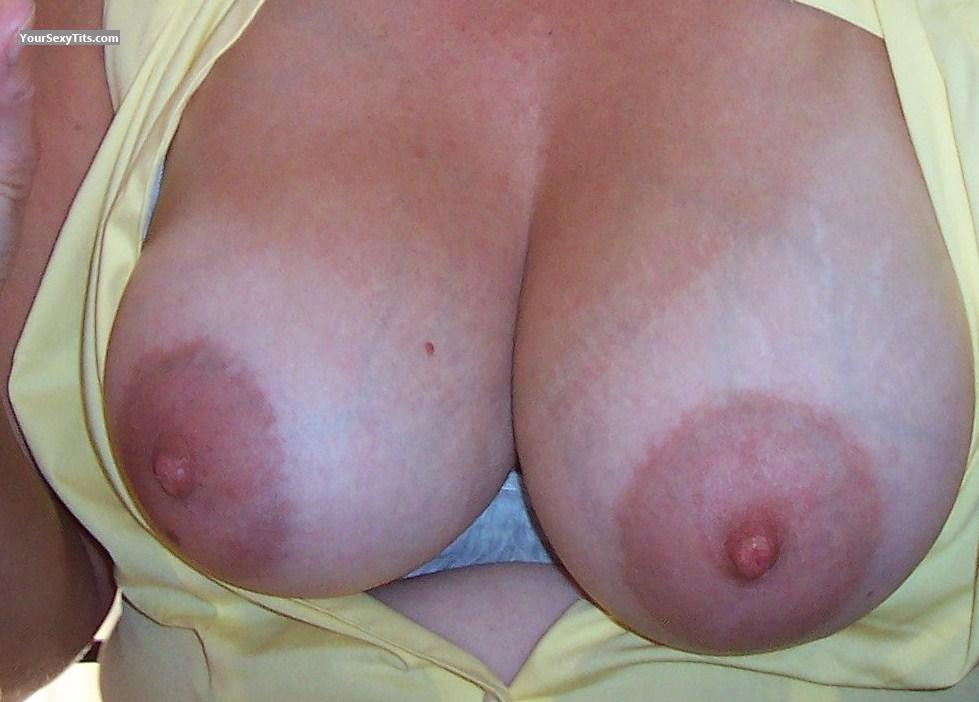 Tit Flash: Big Tits - Kate from United States