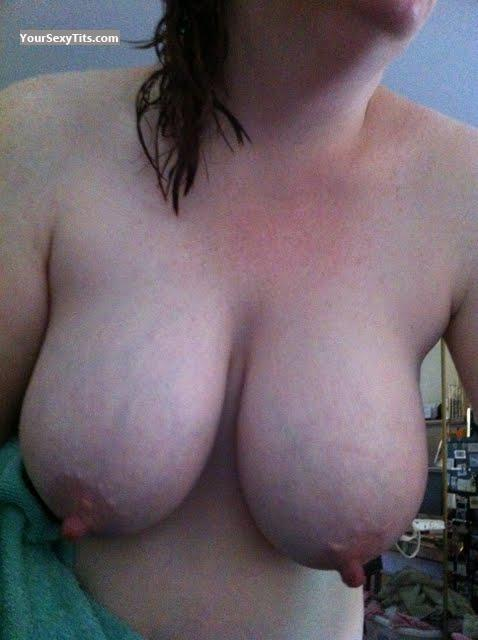 Tit Flash: Big Tits - Nipples from United States