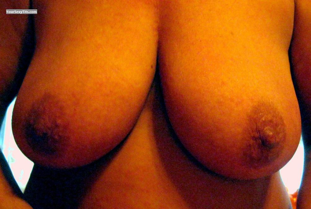 Tit Flash: Big Tits - Orangex69 from United States