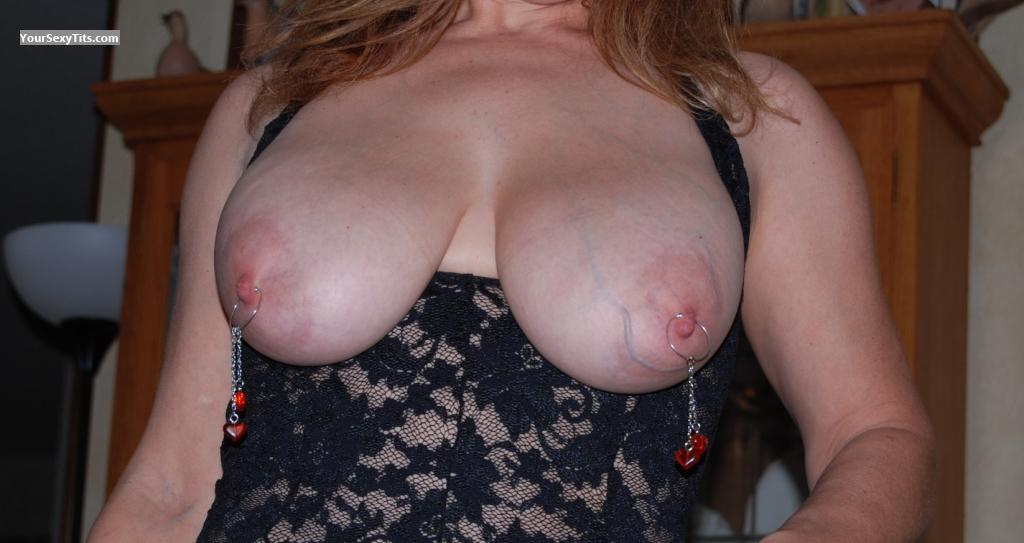 Tit Flash: Big Tits - NICE SET from United States