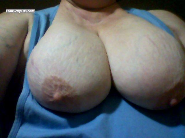 Tit Flash: Wife's Big Tits (Selfie) - My Big Babies from United States